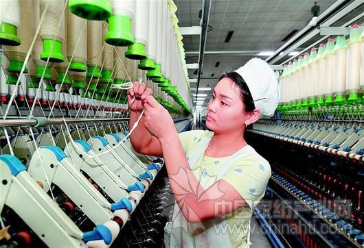90后骆艳玉:双手布满老茧,安心做纺织姑娘